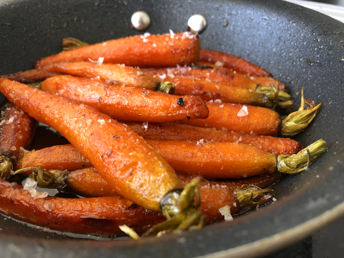 Karamelliserade morötter med lime