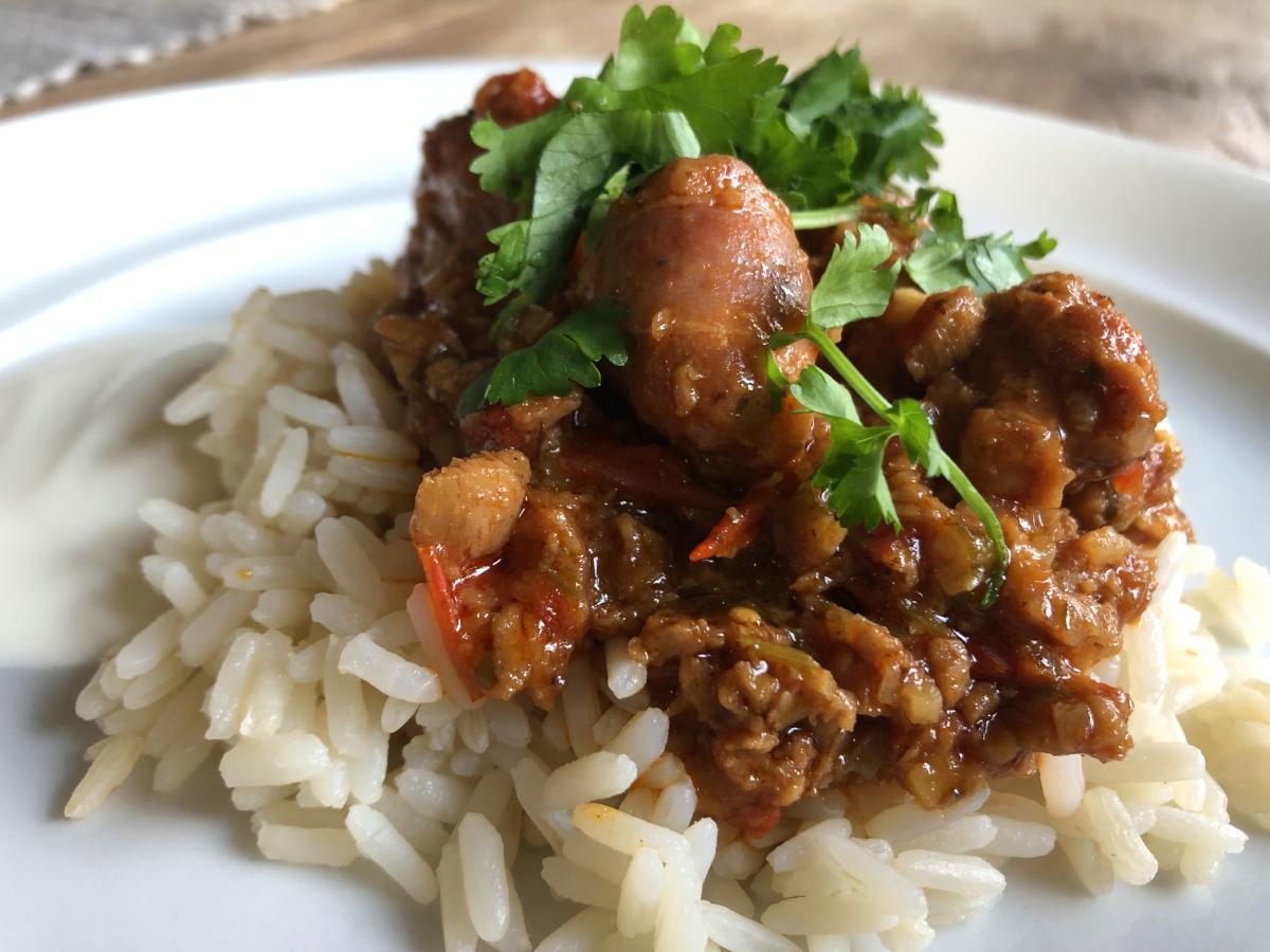 Köttfärsgryta med chorizo, sumak och ingefära